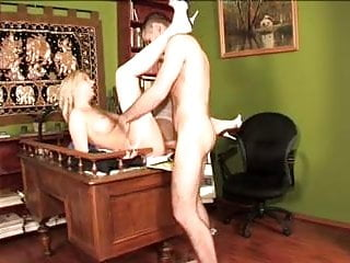 Anorm 50 :  petite pissing cunts