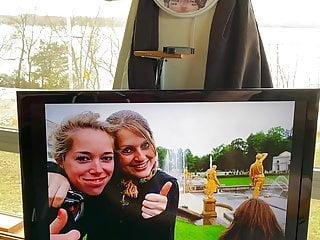 Cute Karlijn smiles for her cumm tribute!