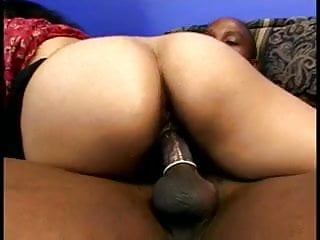 A hairy indian gets fucked and drinks a...