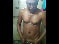 Indian daddy shows dick.