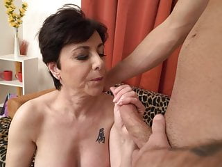 Mature moms take laborious cocks