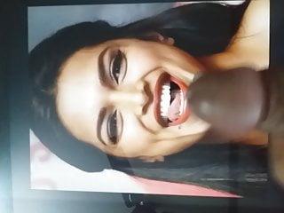 Cum tribute to Deepika Padukone(3)