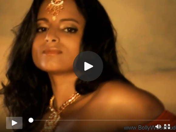 सेंशुअल डांस मूव्स फ्रॉम इंडिया