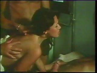 Gaelle malou et virginie 1977 scene...