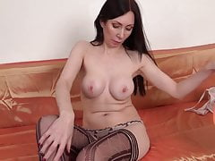 Amateur wife makes her first solo video