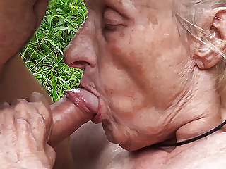 Ugly 86 year old mom banged in public...
