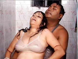 Bengali boudi showing...
