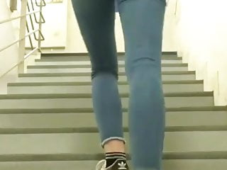 Lea elui ass jeans