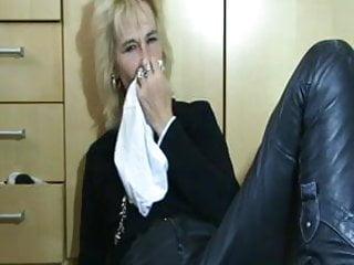 Pervert mature panties...
