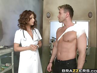 Brazzers – Doctor Adventures – Midnight Fuxpress scene starr