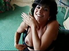 Sexy Italian MIlf Takes A Load To The Face