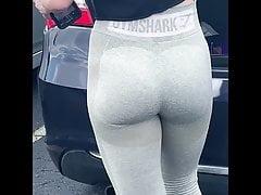 Fantastic Fit Coed Arse In Gymshark Leggings