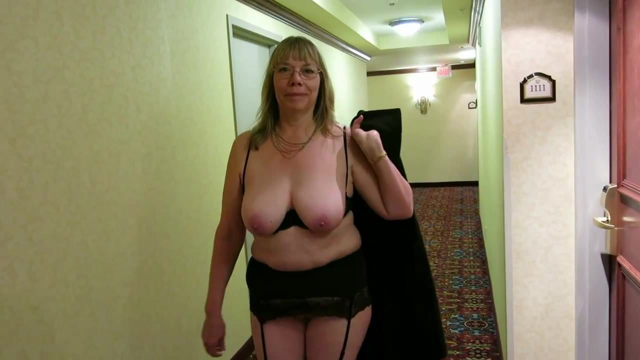 wife used at swinger party