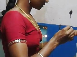 Tamil aunty Saree change