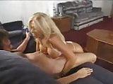 Leslie La roux Handjob