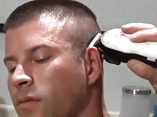 Army men fuck at barber shop