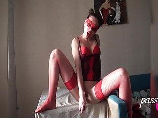 Sexy MILF Masturbate Pussy Dildo – Hot Solo