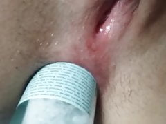 hot slut Fucks anus with bottle 1