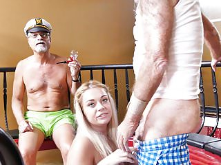 Teen kenzie green tries with grandpa...