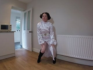 Princess Leia cosplay in knee boots – dancing striptease