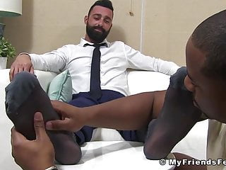 Bearded gentlemans and toes sucked by...