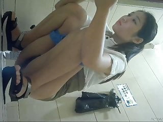 Chinese Toilet Spy Cam 4