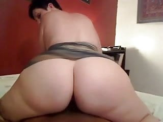 Look at booty...