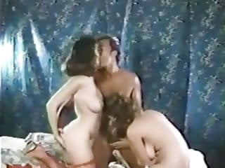 Between My Breasts 1 (1984)