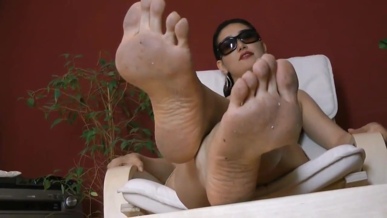 Thick Latina Finger Squirt