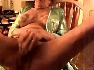 Big dido granny...