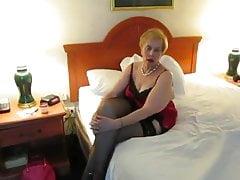Aunt Sue posing