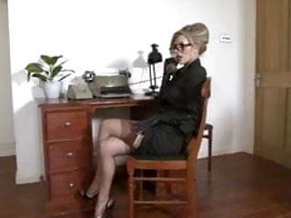Michelle Moist - Feeling Ravenous in the Office.